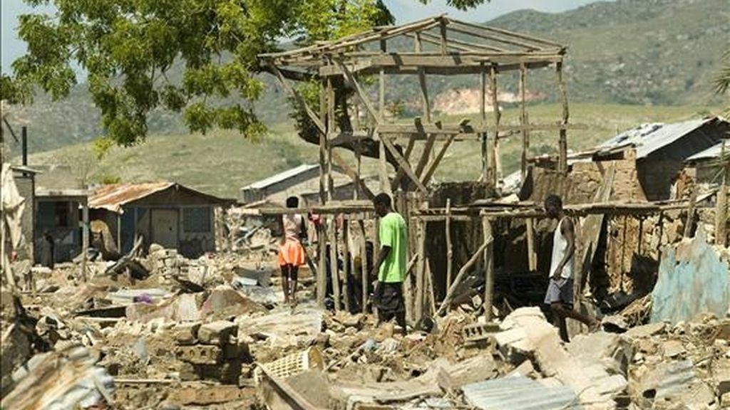Haití sufrió grandes tormentas tropicales en el 2008 y graves revueltas debido al incremento en el precio de los alimentos y los combustibles. EFE/Archivo