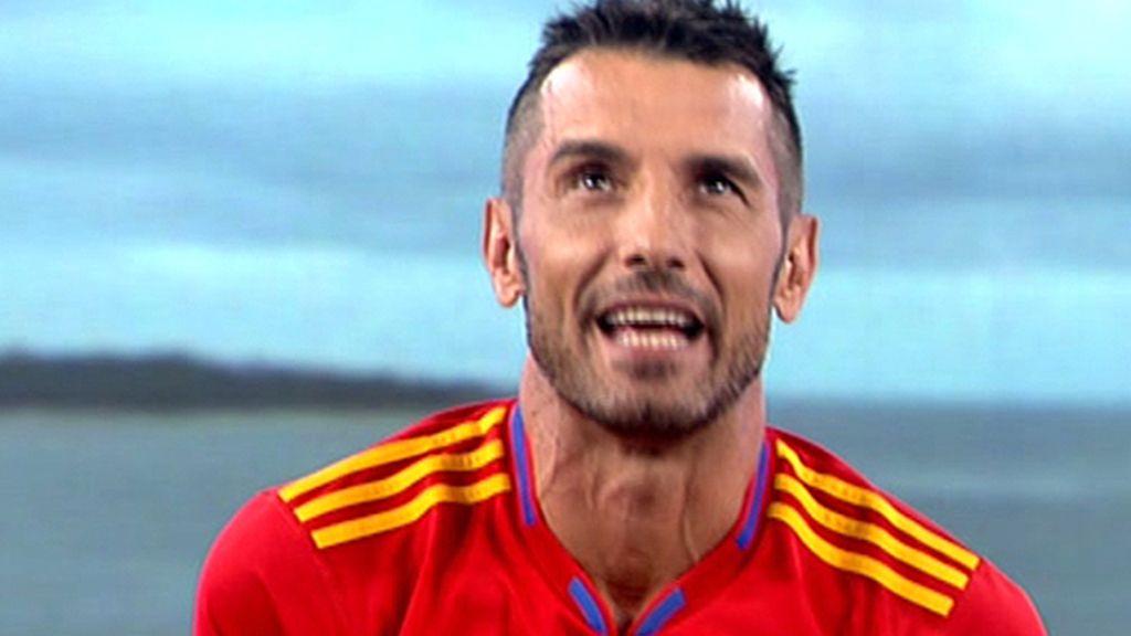 Jesús celebra la victoria de España