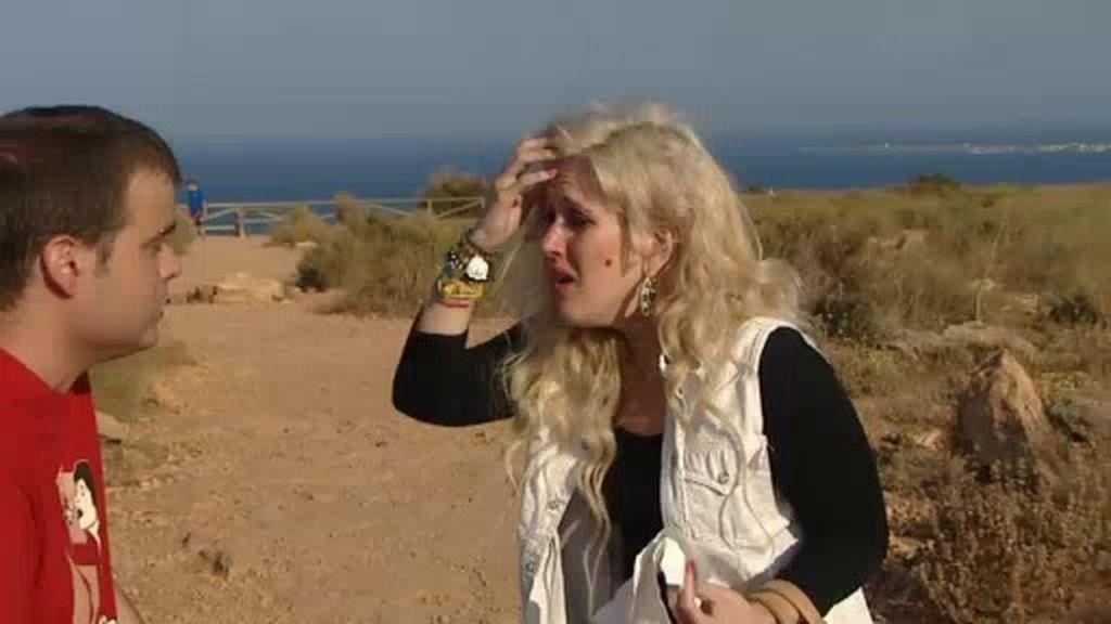 """Andrea, a punto de abandonar: """"O me eliges ya o no voy a poder controlar mis nervios"""""""