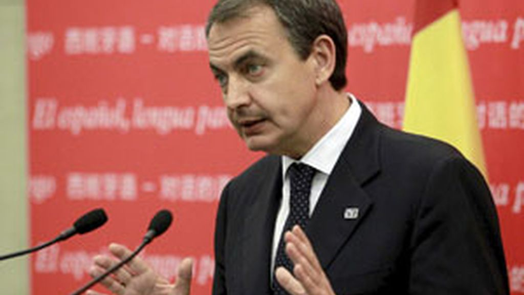 Zapatero durante su intervención en Pekín. Vídeo: Informativos Telecinco.