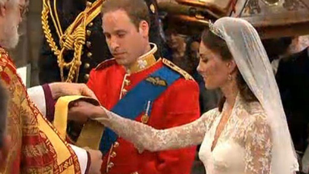 William y Kate, en el momento del anillo
