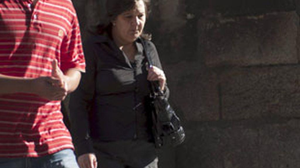 Emiliana G.P. a las puertas de los juzgados de Toledo. Foto: EFE
