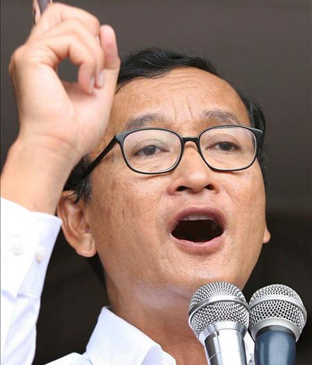 El líder del partido de oposición de Camboya Sam Rainsy (PSR). EFE/Archivo