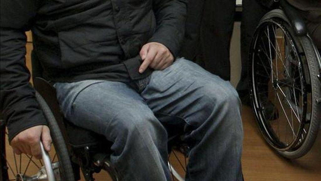 Tres de cada diez personas con discapacidad en edad de trabajar consigue un empleo, sobre todo las que tienen problemas auditivos y visuales. EFE/Archivo