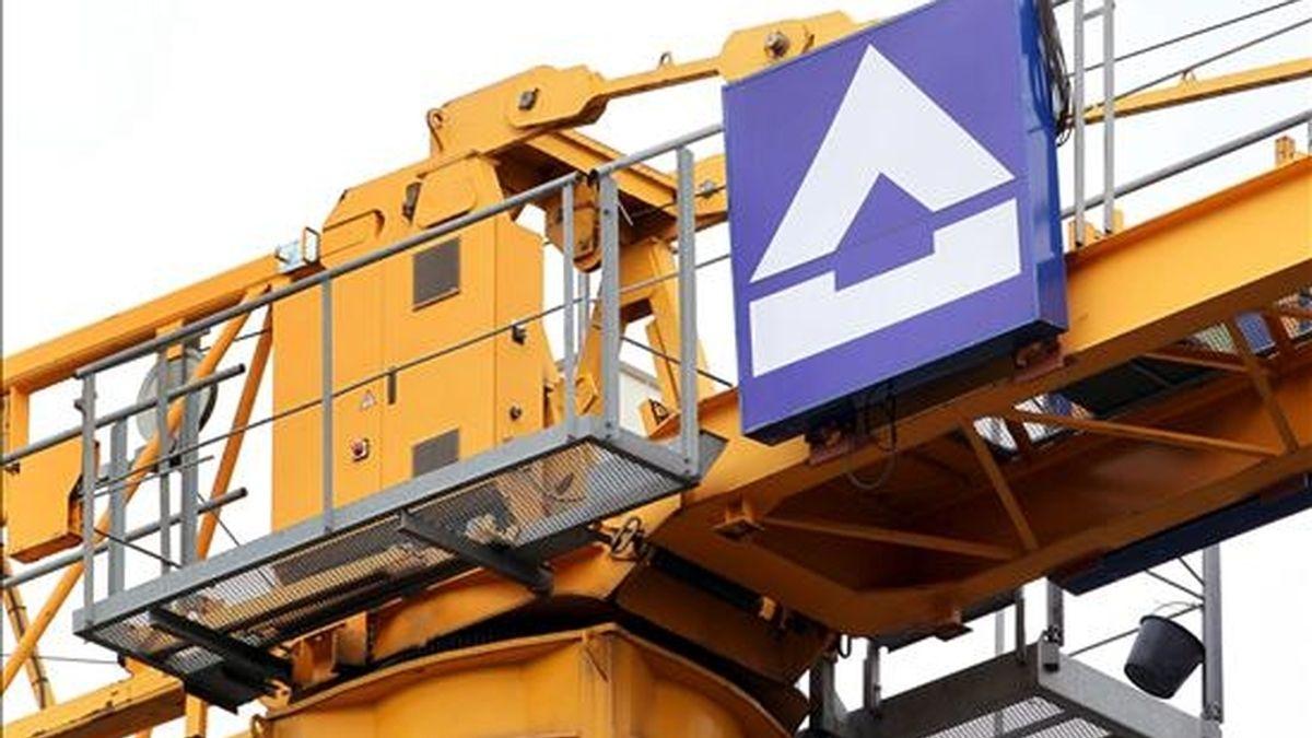 Hochtief, la mayor constructora alemana, aseguró hoy que tiene todas las opciones abiertas ante la oferta pública de adquisición (opa) lanzada la semana pasada por ACS, al tiempo que señaló que todavía no ha recibido una propuesta oficial por parte de la empresa española. EFE/Archivo