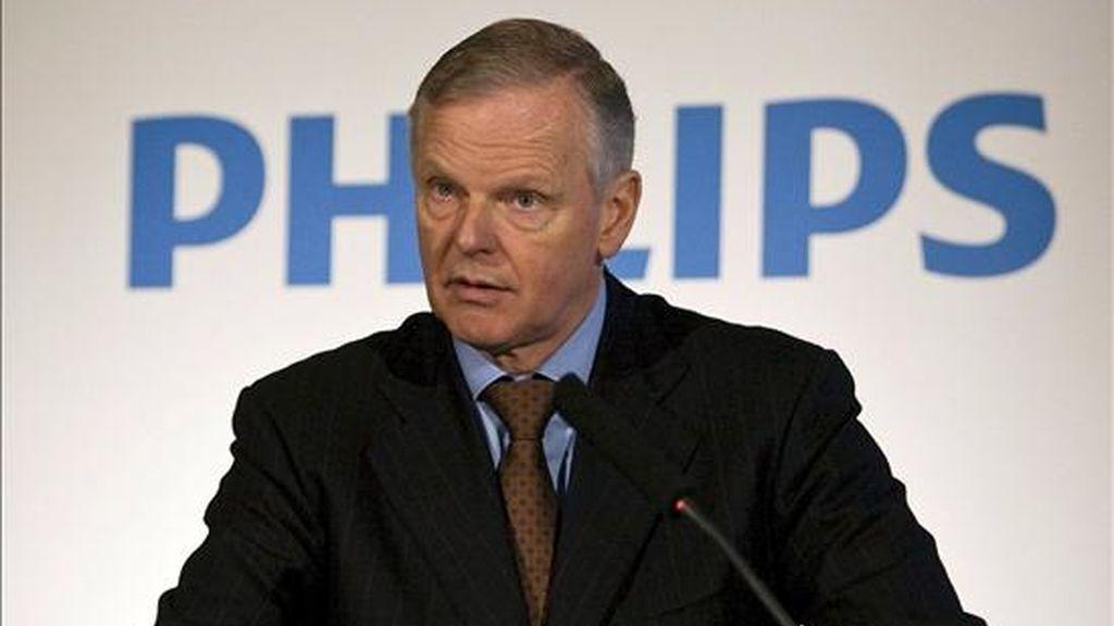 El presidente de Philips, Gerard Kleisterlee, al anunciar los resultados de la empresa en enero pasado en en Amsterdam (Holanda). EFE/Archivo