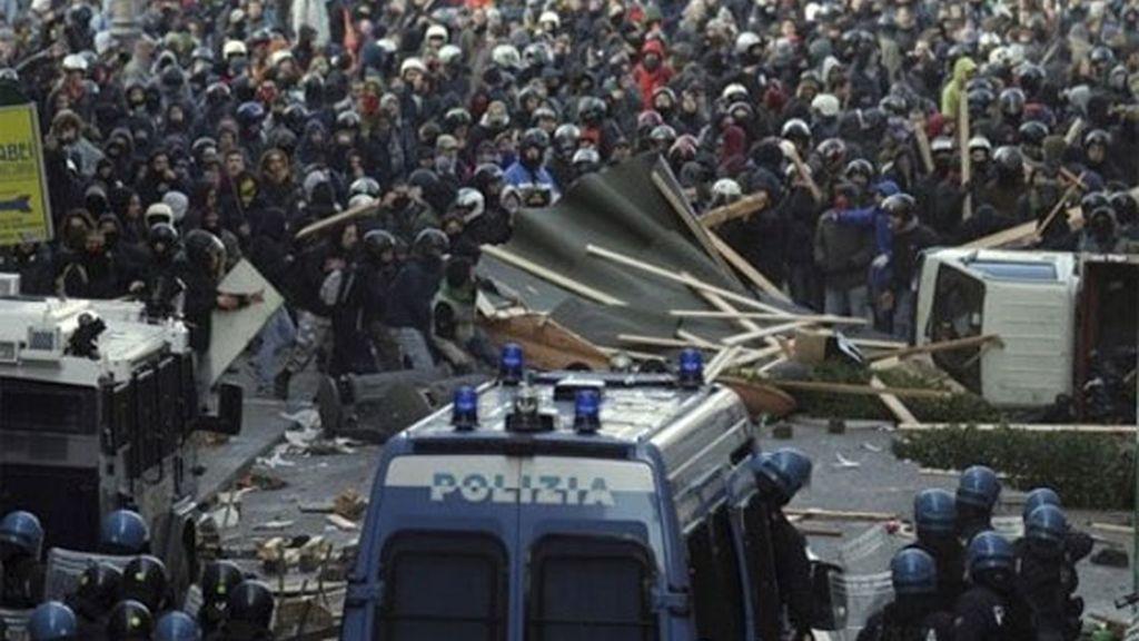 Contra el Gobierno de Silvio Berlusconi