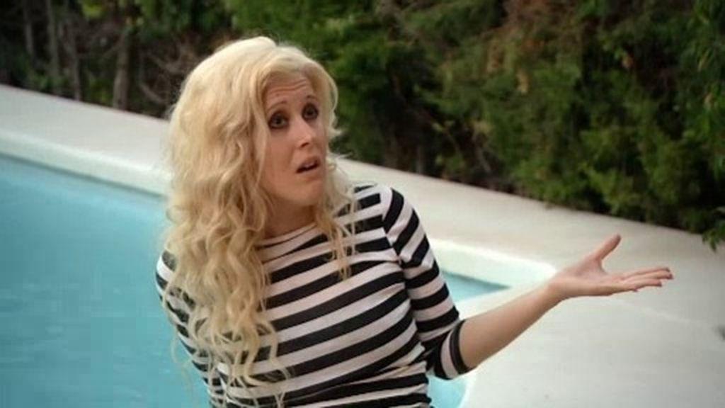 """Andrea, molesta con Víctor por la llegada de Rebeca: """"Tienes el pito flojo"""""""
