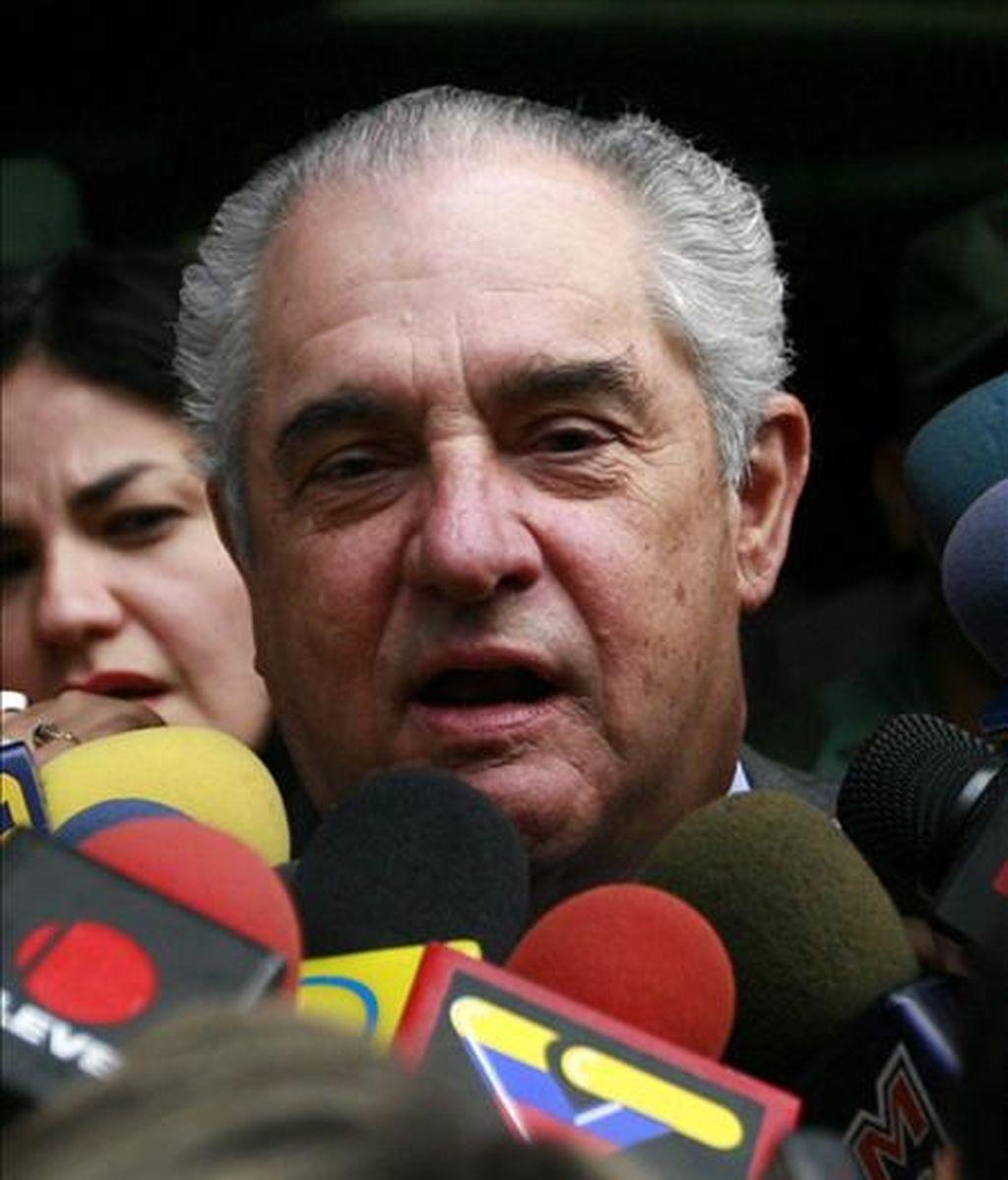 Zuloaga reclamó que las autoridades venezolanas impidieron a las cámaras de Globovisión transmitir el procedimiento de allanamiento de una de sus propiedades, que solo fue cubierto por la televisión estatal VTV. EFE/Archivo