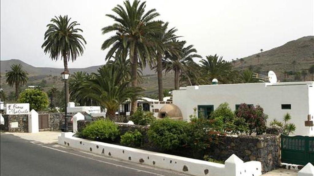 Vista de una casa rural del pueblo de Haría (Lanzarote). EFE/Archivo