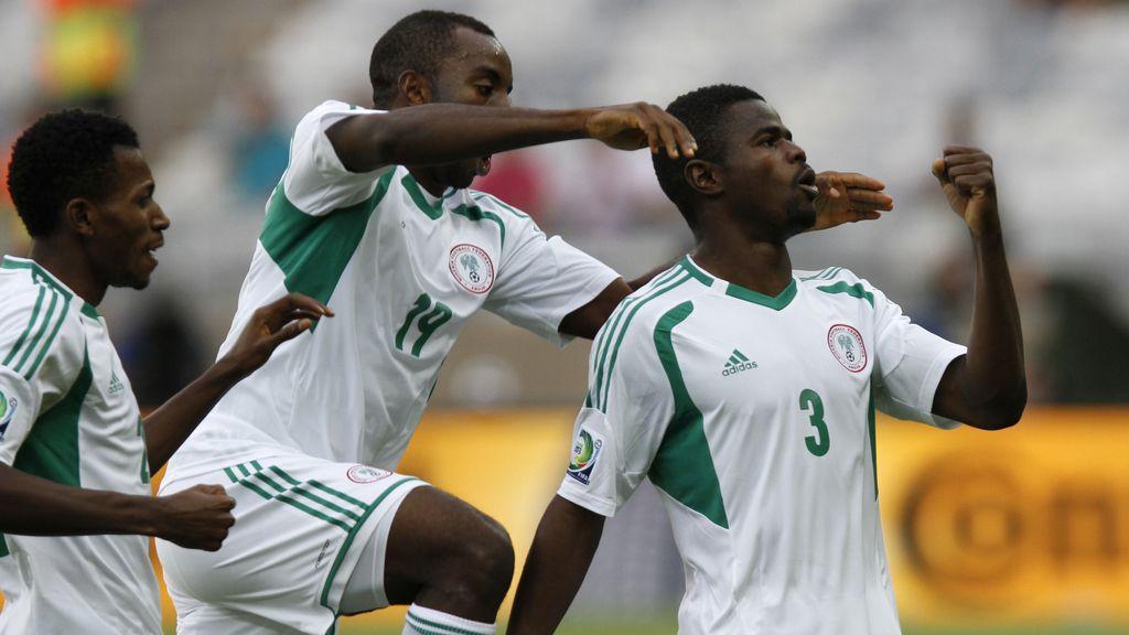 Gol: Tahití 1-6 Nigeria (min.80)