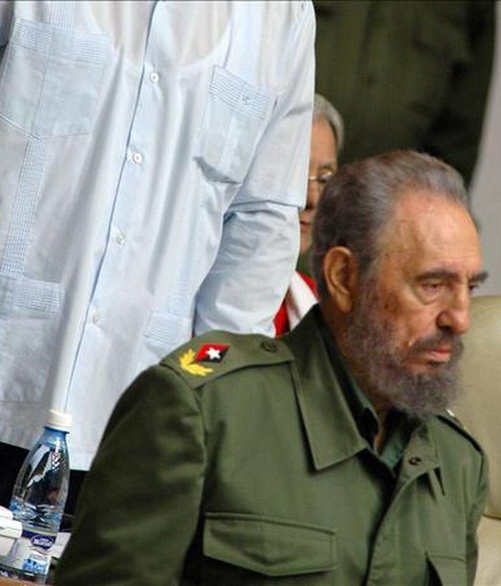 Fotografía de archivo del 22 de diciembre de 2005 del entonces presidente cubano Fidel Castro en La Habana (Cuba). EFE/Archivo