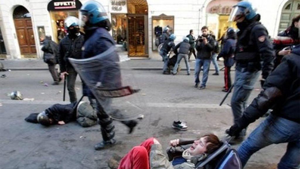 Contra el Gobierno de Berlusconi