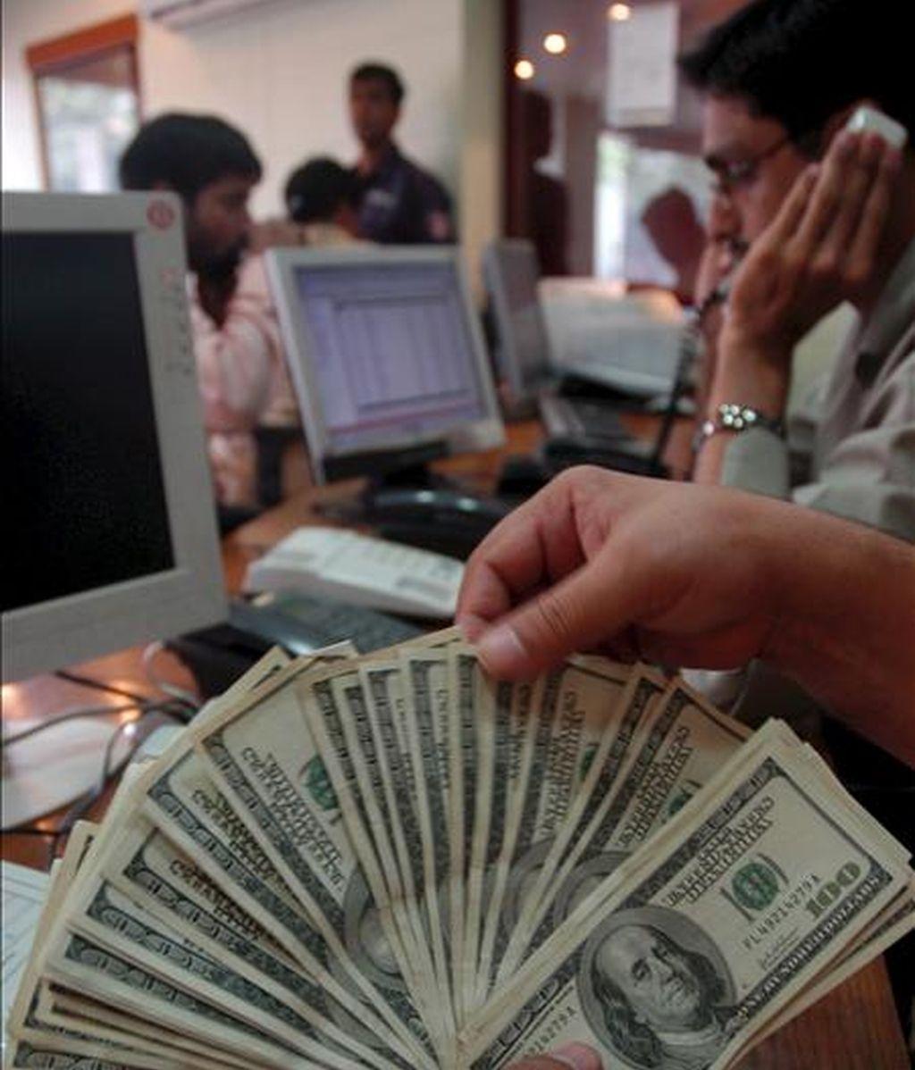 Los recursos captados en este tipo de operaciones se destinarán a aumentar las reservas del llamado Fondo Soberano, una cuenta de ahorro creada en 2008 como un mecanismo para combatir la volatilidad. EFE/Archivo
