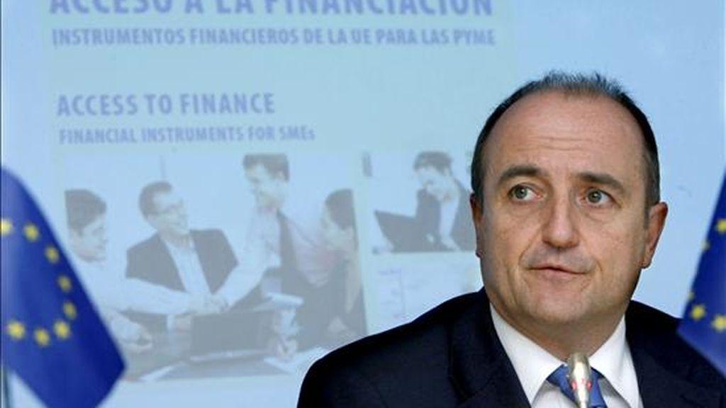 """El ministro de Industria, Turismo y Comercio, Miguel Sebastián, dijo hoy que la economía española tiene capacidad para volver a tener tasas de crecimiento positivas """"a lo largo de 2010"""". EFE/Archivo"""