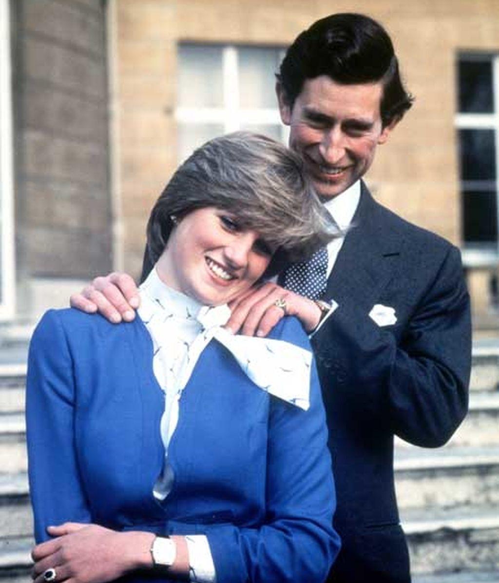 El anillo, en la pedida de mano de Lady Di y Carlos de Inglaterra