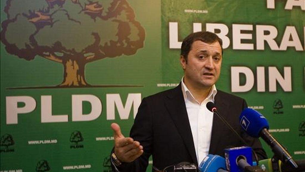 El primer ministro moldavo y jefe del Partido Liberal Democrático, Vladimir Filat, habla sobre los resultados de las elecciones parlamentarias. EFE