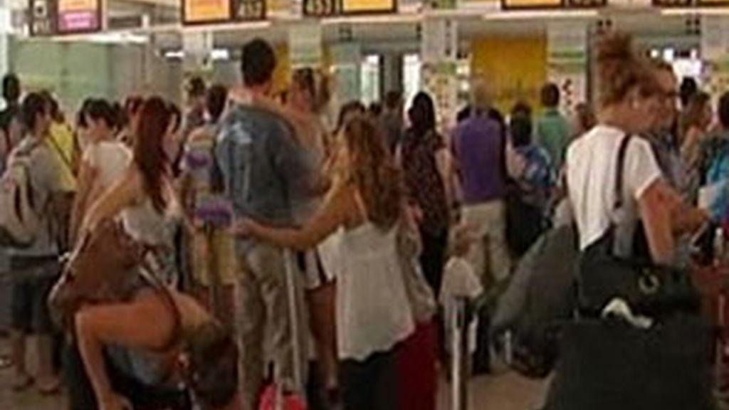 Uno de los aeropuertos más afectados es el de Barcelona.
