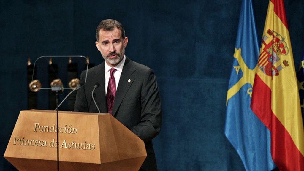 """El Rey reivindica una España """"alejada del pesimismo"""""""