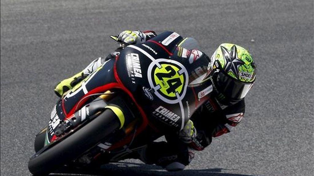 El piloto español Toni Elias (Greisining Racing), durante los entrenamientos libres de Moto 2 realizados hoy en el Circuito de Montmeló donde se disputará el próximo domingo el Gran Premio de Cataluña de Motociclismo. EFE