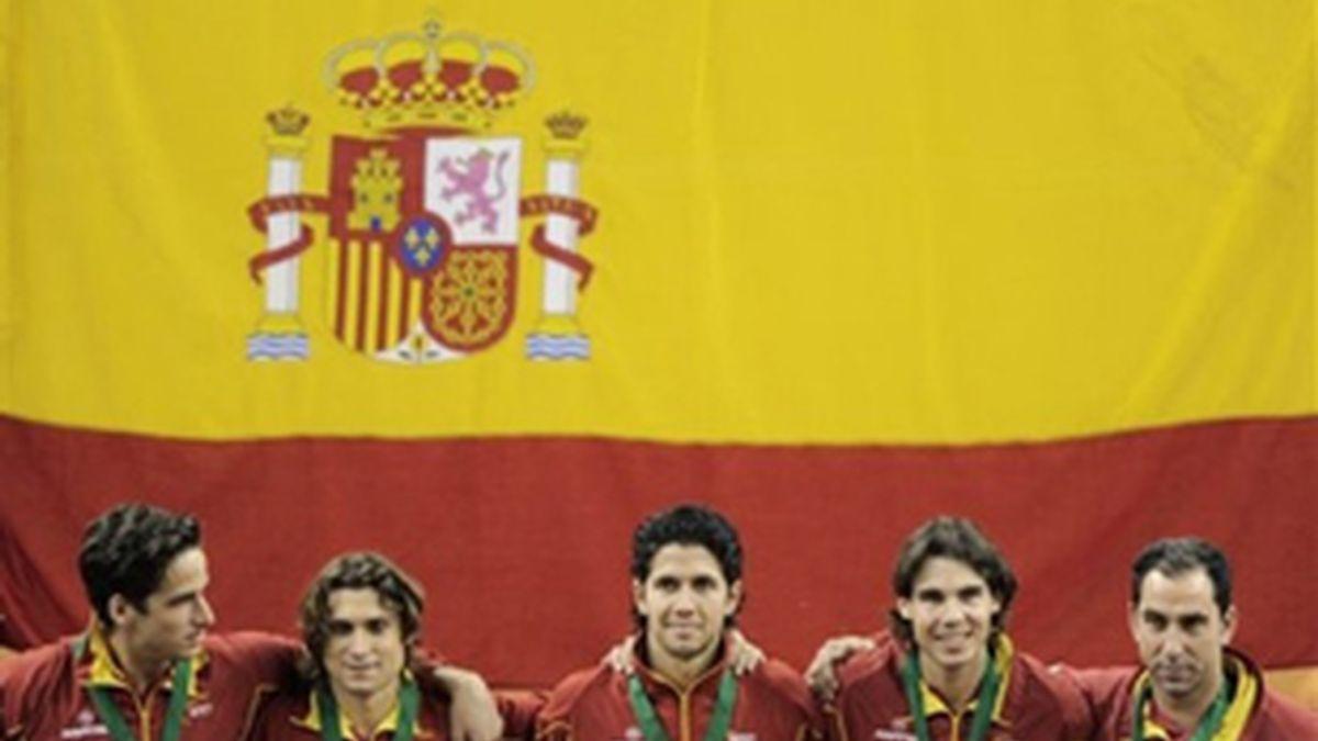El tenis apoya al fútbol. Foto: AP.
