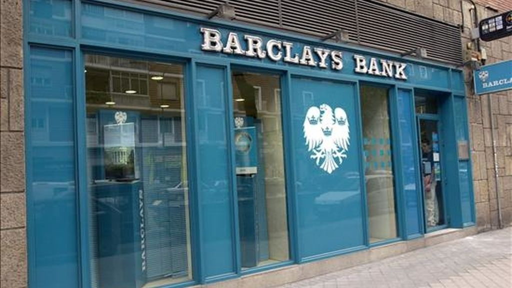 Logotipo de Barclays Bank, en una de sus sucursales de Madrid. EFE/Archivo
