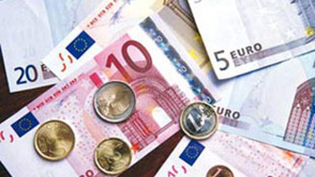 Los precios moderan su caída en octubre. Foto: EFE.
