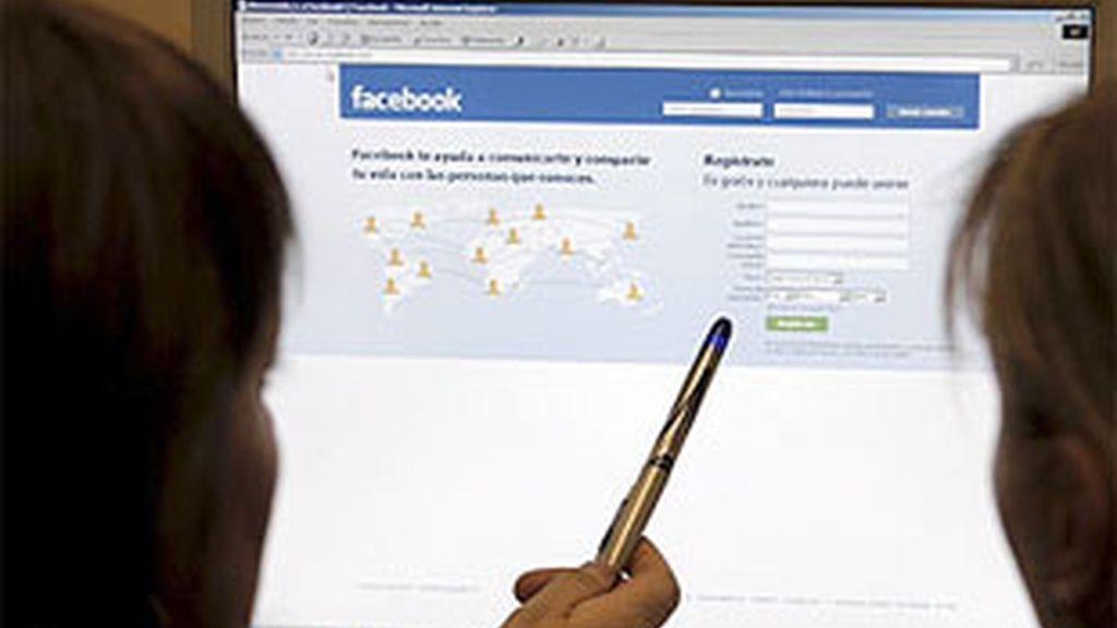 Un nuevo estudio revela la fuerte adicción que provocan las redes sociales en los internautas.
