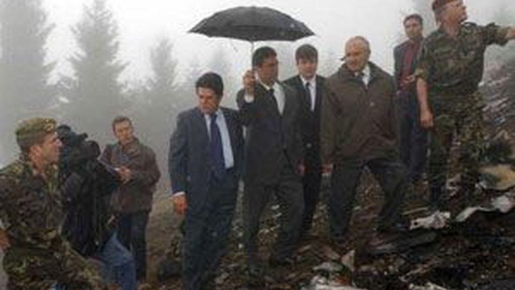 El ex minitrso de Defensa, en una imagen de archivo, en el lugard el accidente.
