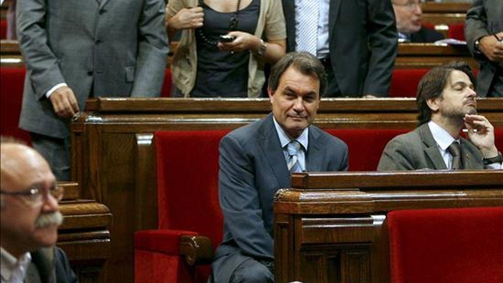 El líder de CiU, Artur Mas (c). EFE/Archivo