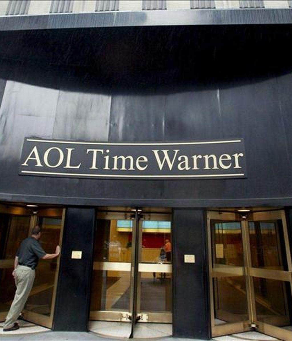 Las acciones de Time Warner se depreciaban alrededor del 1 por ciento en la Bolsa de Nueva York después de superarse la primera hora de negociaciones y se situaban a 9,73 dólares.  EFE/Archivo