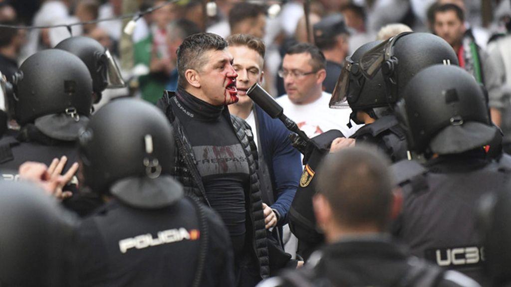 El Legia de Varsovia anula los desplazamientos de sus aficionados por Europa