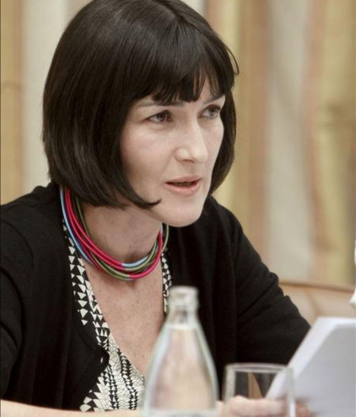 La ministra de Cultura, Ángeles González-Sinde, durante su comparecencia en la Comisión de Cultura del Congreso el 28 de mayo, en Madrid. EFE