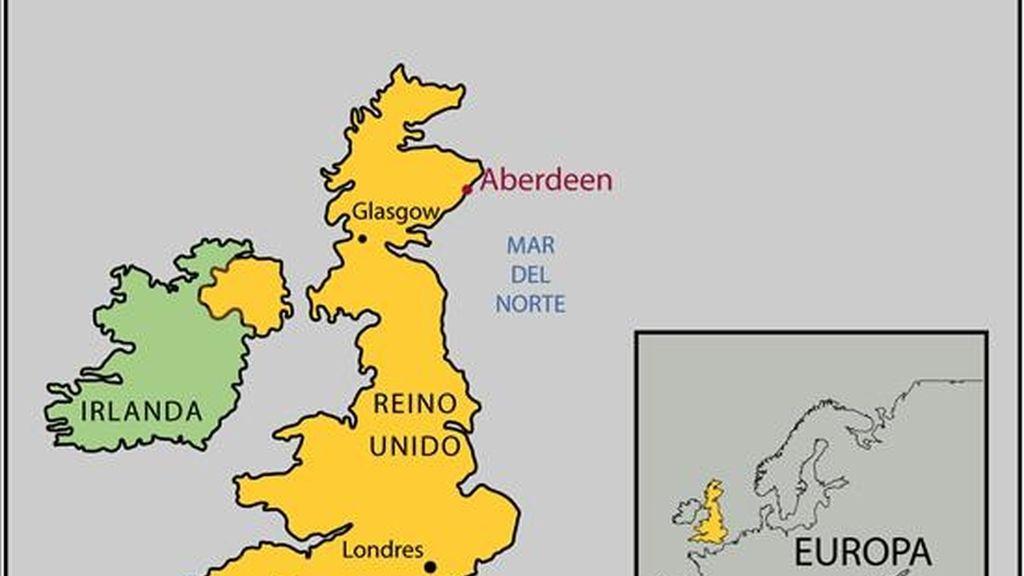 Un helicóptero con 16 personas a bordo se ha preciptado en el mar al noreste de Escocia. Foto: EFE.