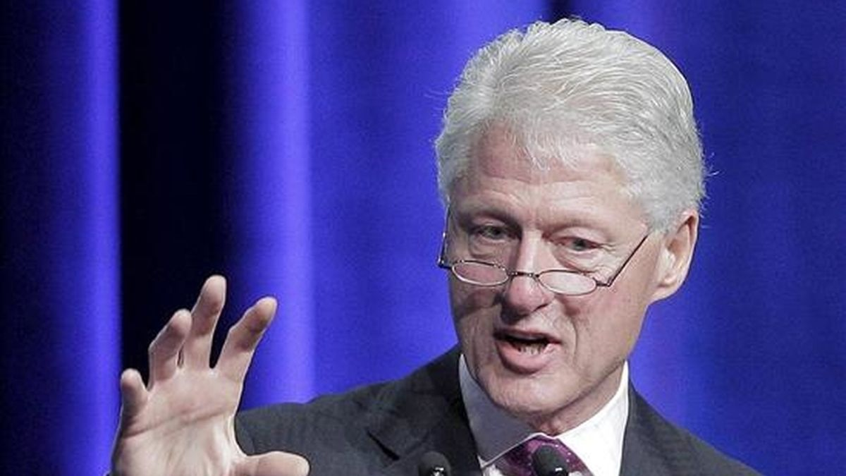 En la imagen, el ex presidente de EE.UU. y enviado especial de la ONU para Haití, Bill Clinton. EFE/Archivo