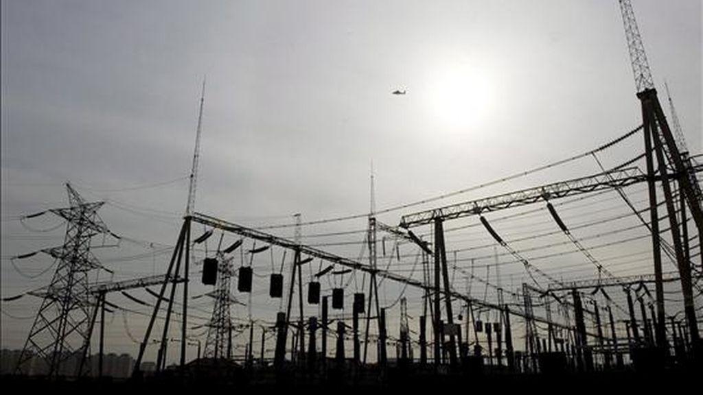 Con la ratificación del protocolo se garantiza e incentiva a Unión Fenosa, que distribuye la energía en Nicaragua, a invertir recursos adicionales para la ampliación de la cobertura del servicio que brinda. EFE/Archivo