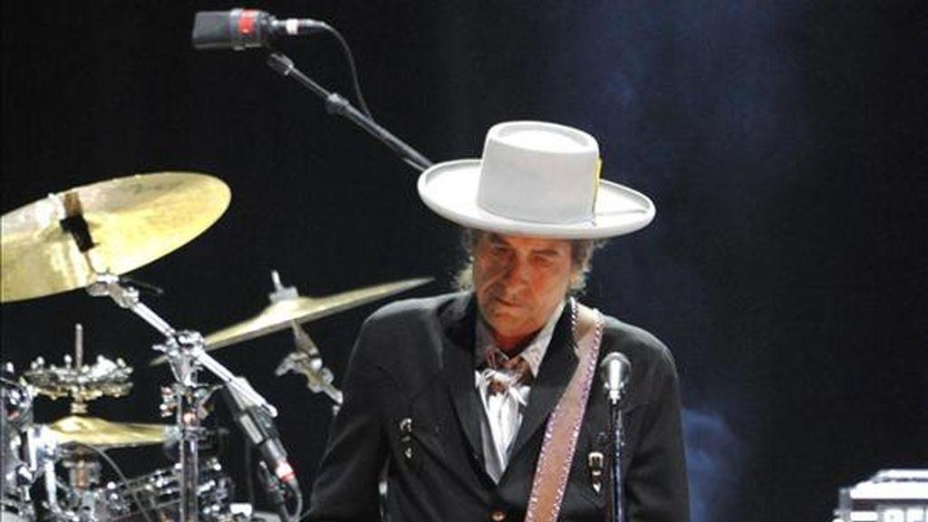 Bob Dylan demuestra que sabe como adaparse a los nuevos tiempos. Vídeo: ATLAS