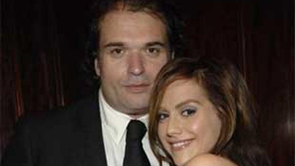 Nuevamente hay especulaciones sobre las causas de la muerte de Murphy y su marido. Foto: AP
