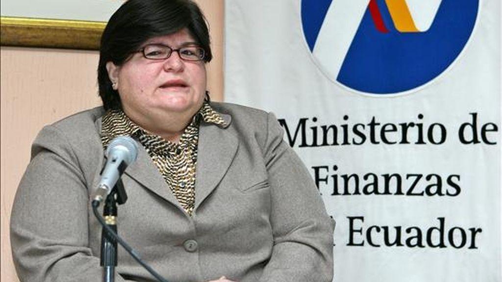 """La ministra de Finanzas de Ecuador, Elsa Viteri, presentó hoy de forma simultánea en Quito, Nueva York, Londres y Luxemburgo una propuesta para la recompra de sus bonos global 2012 y 2030 de deuda externa, cuya contratación considera """"ilegítima"""". EFE"""