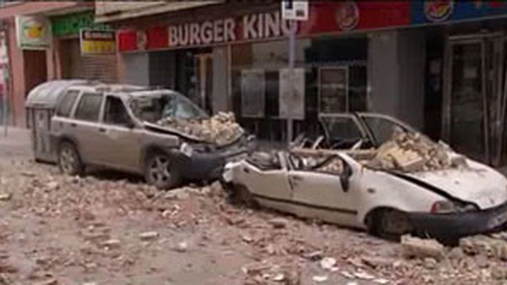 Una de las calles más afectadas por los terremotos. Foto: Informativos Telecinco.
