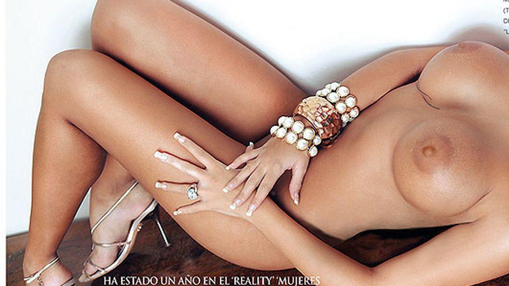 Jennifer Ortiz, al desnudo