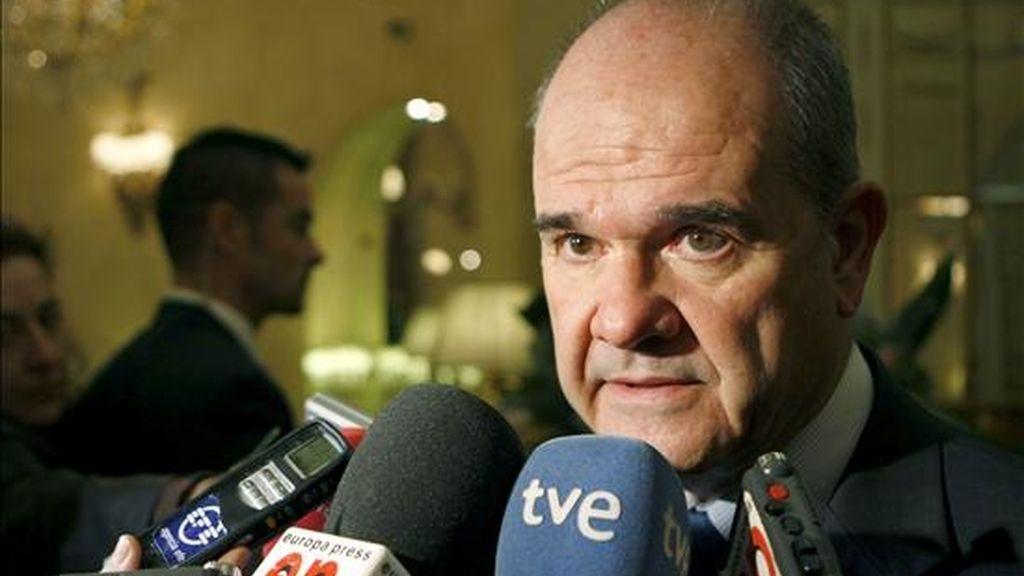 El vicepresidente tercero del Gobierno y ministro de Política Territorial, Manuel Chaves. EFE/Archivo