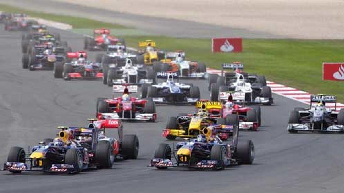 Webber adelantó a Vettel en la salida y no soltó el liderato en toda la carrera. Foto: Agencias