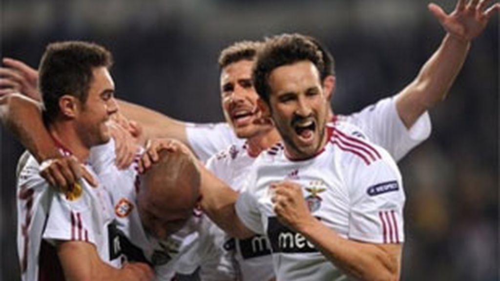 El Benfica fue el que más sufrió al tener que remontar dos tantos ante el PSV. Foto: AP.