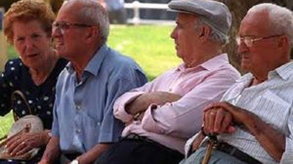 Uno de cada cien ancianos ha sido víctima de malos tratos de algún tipo.