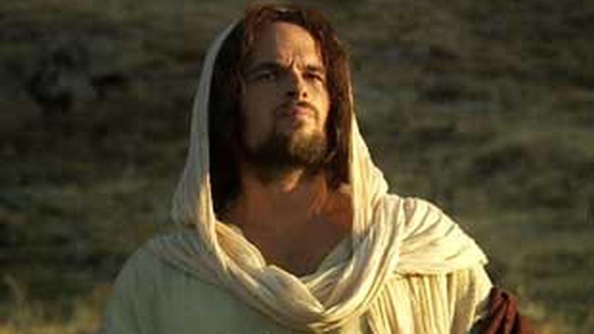 Joel West interpreta a Jesús de Nazaret en la película 'El discípulo'. Vídeo: Informativos Telecinco
