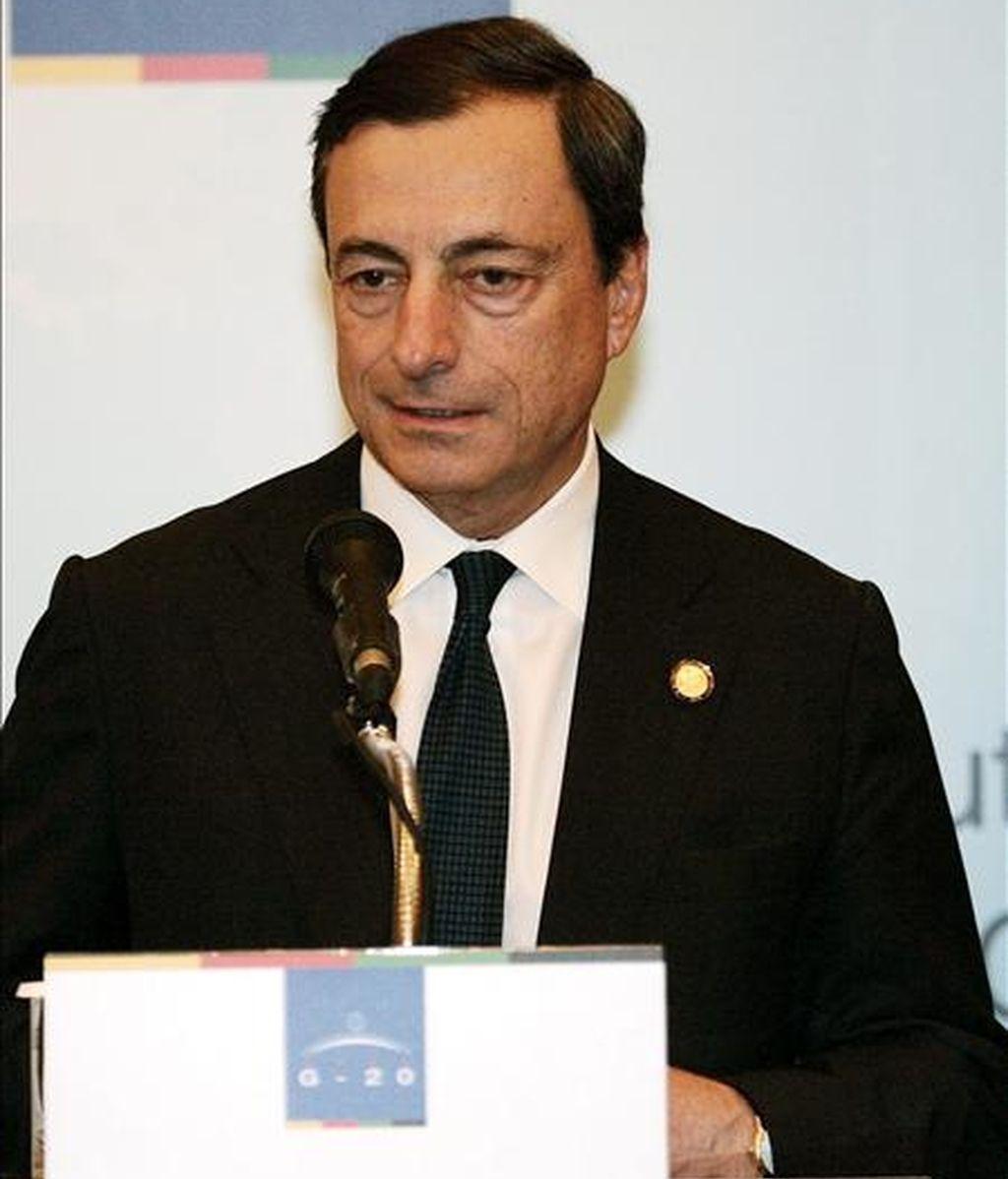 El gobernador del Banco Central italiano, Mario Draghi, durante una rueda de prensa. EFE/Archivo