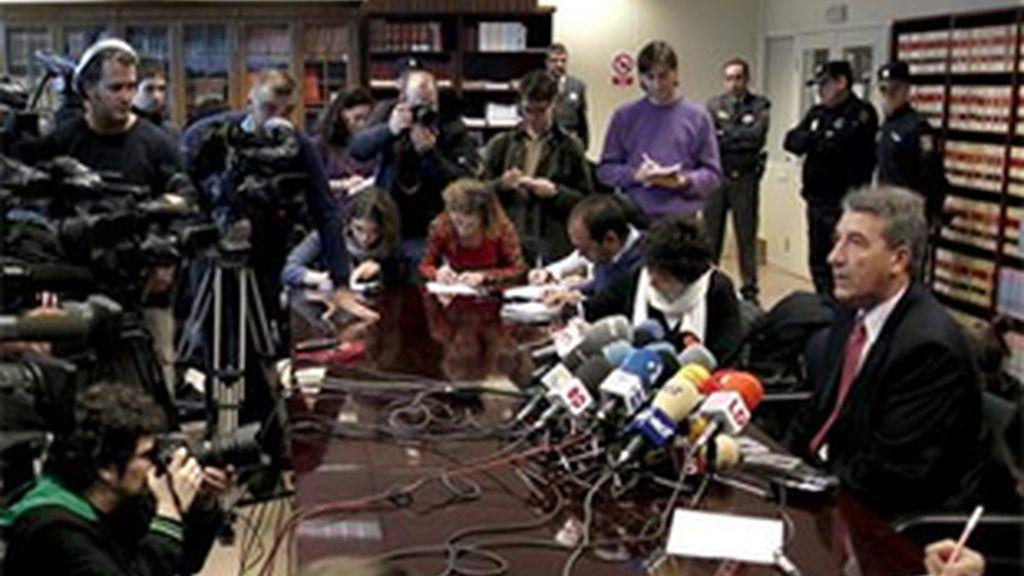 """""""Parece obvio que van a seguir así, pero seguiremos adelante"""", ha señalado el fiscal jefe, Eduardo Esteban. FOTO: EFE / Archivo"""