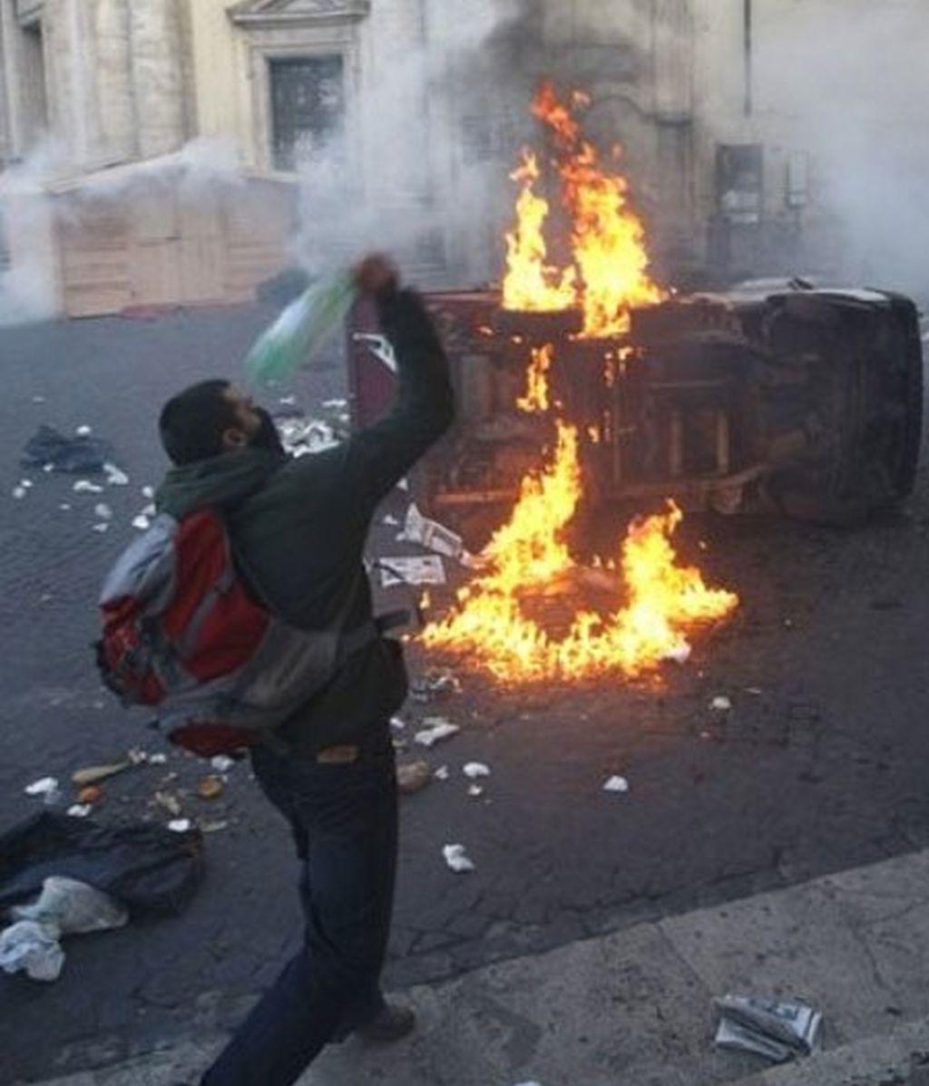 Los violentos levantaron barricadas