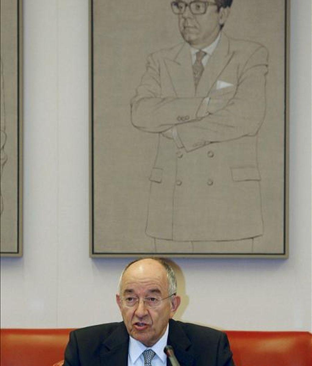 El gobernador del Banco de España, Miguel Ángel Fernández Ordóñez, durante su comparecencia ayer en la Comisión de Presupuestos del Congreso. EFE/Archivo